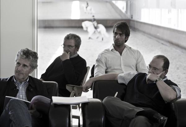 Conceptos approach francisco mangado arquitecto for Oficina zurich zaragoza