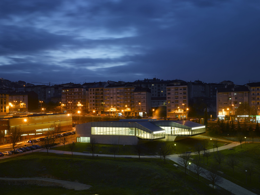 Piscina Universitaria Ourense I Vigo Francisco Mangado