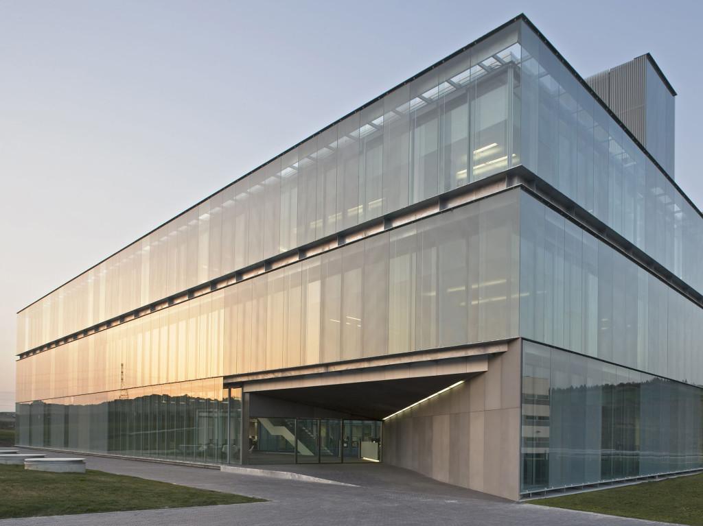 Website francisco mangado arquitecto - Edificio de oficinas ...
